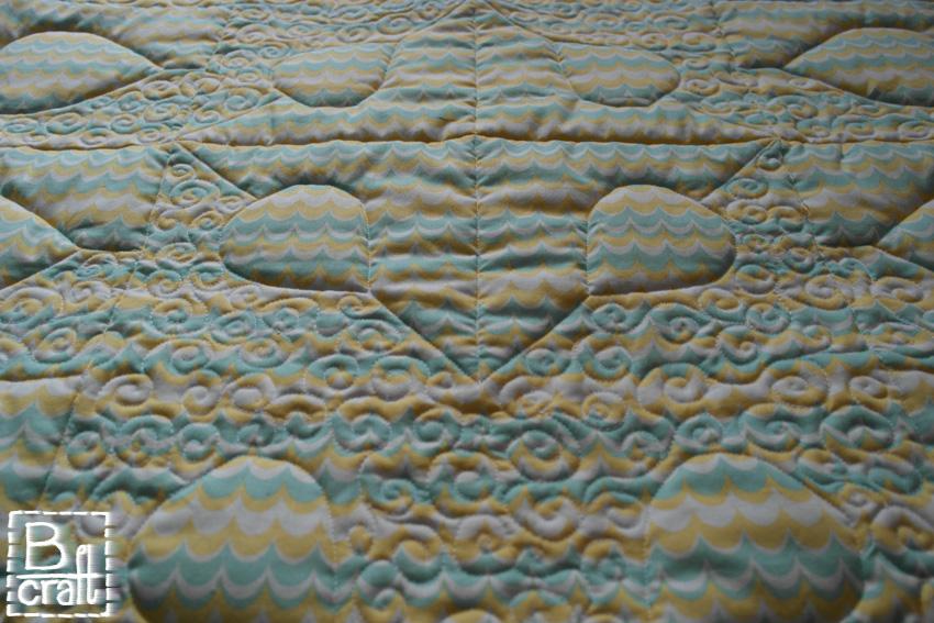 Pastelowy quilt dziecięcy