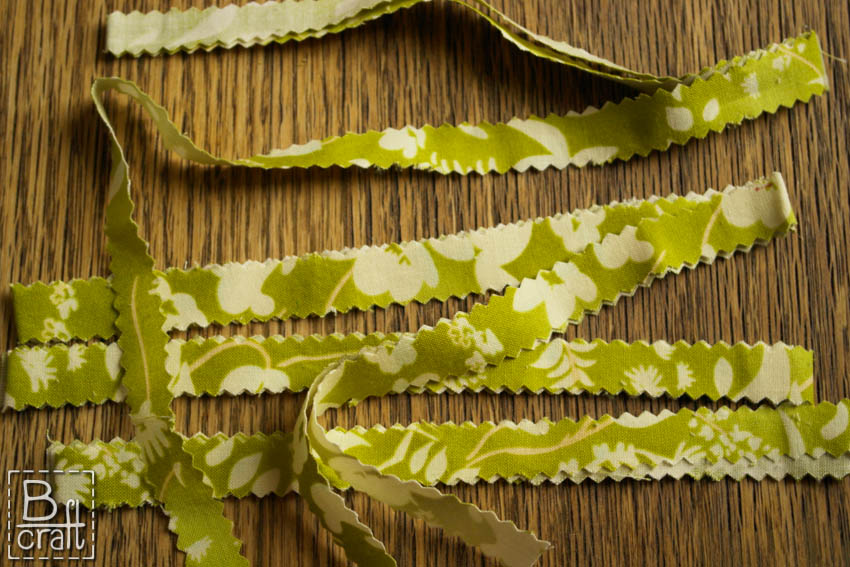 Fabric strips leaf -tutorial